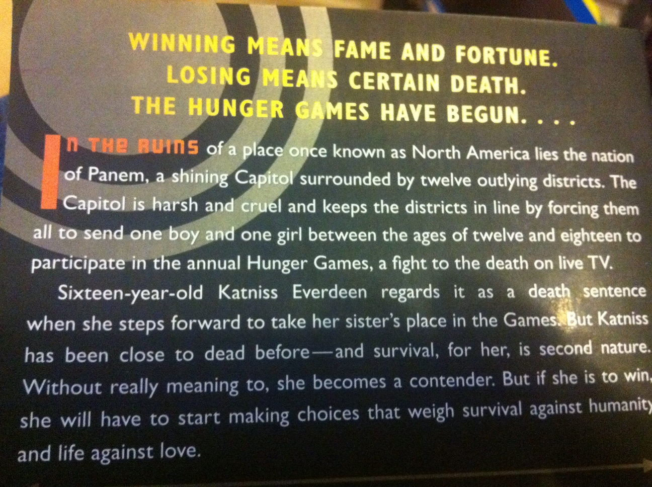 hunger games short book summary